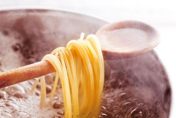 Garen 1 in Küchengrundlagen - Mit Wasser kochen