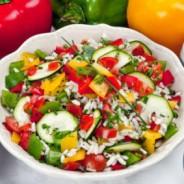Insalata di riso con zucchine e peperoni – Salat mit Reis
