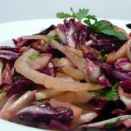 Radicchio-Fenchel-Salat mit Pekannüssen